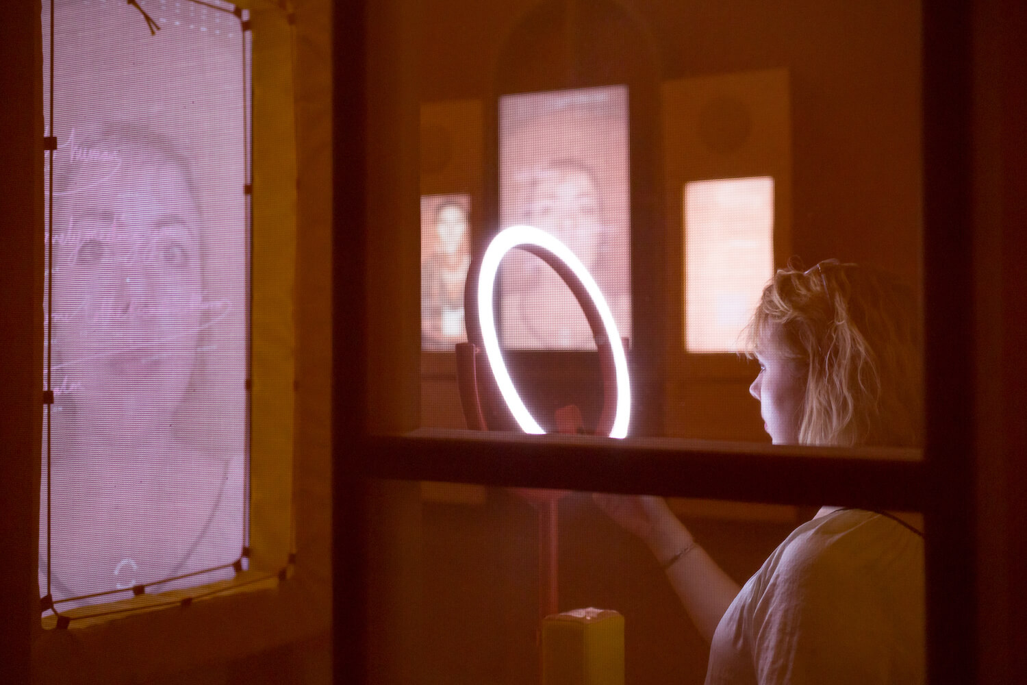 Biometric Mirror by Lucy McRae and Dr Niels Wouters. Part of the inaugural exhibition at Nxt Museum, _Shifting Proximities_, opening 29 August. © Peter Tijhuis(1)